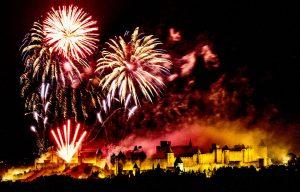 embrasement_de_la_cite_medievale_de_carcassonne